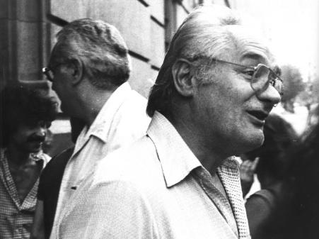 Salida de la cárcel, el 14 de agosto de 1981, con su hermano Federico