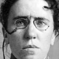 Emma Goldman: anarquista, en el campo de la enfermería.