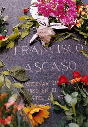 Tumba de Francisco Ascaso Abadia