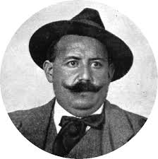 Mauro Bajatierra en un detalle de la anterior fotografía