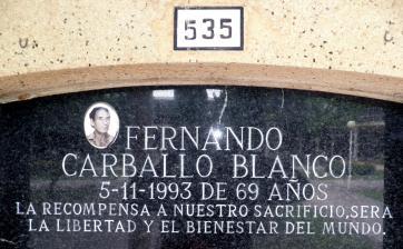 Tumba de Fernando Carballo Blanco el cementerio de Dénia