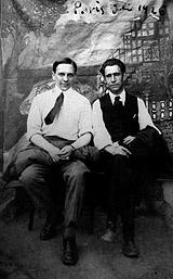 15-Ismael González de la Serna y Acín en París, 1926