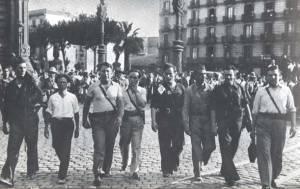 Barcelona 1936, las columnas confederales se dirigueixen hacia aragon. García Oliver y otros anarquistas como Ricardo Sanz, Gregorio Jovery Garcia Vivanco