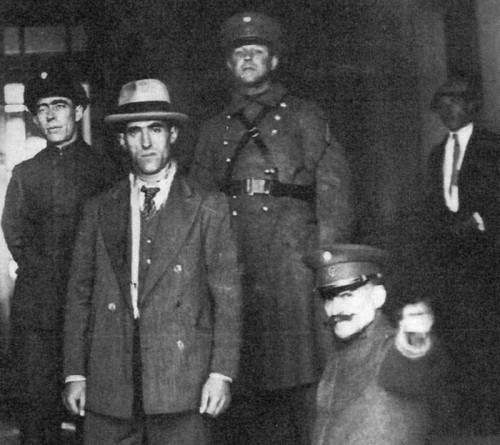 Simón Radowitzky sale en libertad en 1930 tras haber estado preso veintiún años. Foto: Diario Clarín (DP).