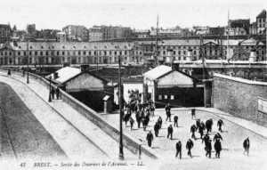 Salida de los obreros del Arsenal de Brest