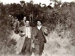 Aurelio Fernández (a la izquierda) y Buenaventura Durruti en una excursión a Les Planes (Barcelona, marzo de 1936)