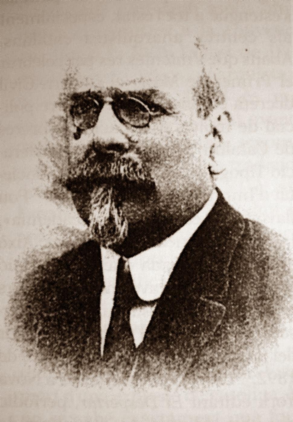 Pedro Estevé (Vida y obra)