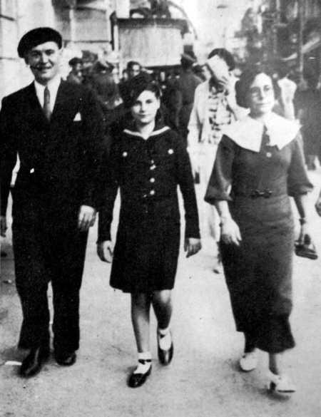 Áurea Cuadrado con su hija y Paulino Díez (Santo Domingo, finales de 1939)