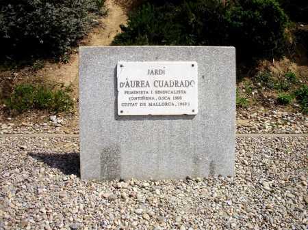 Placa conmemorativa en el «Jardín Áurea Cuadrado» de Barcelona