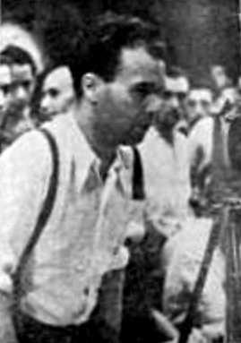 Joaquín Cortes Olivares en su intervención en el mitin del Teatro Olympia de 21 de julio de 1936